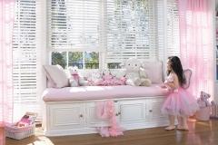 2012_EW_Standard-Cordlock_LR_Faux-Wood_Kids-Room