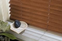2016_EW_PV_Faux-Wood_Hardware-Detail